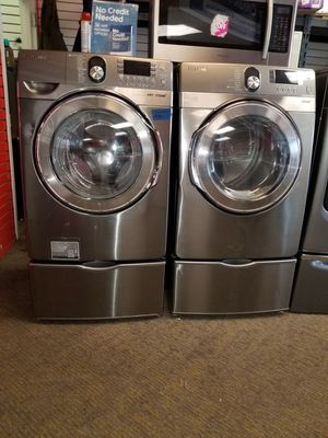 Samsung electric front load set washer and dryer in excellent condition for Sale in McDonogh, MD