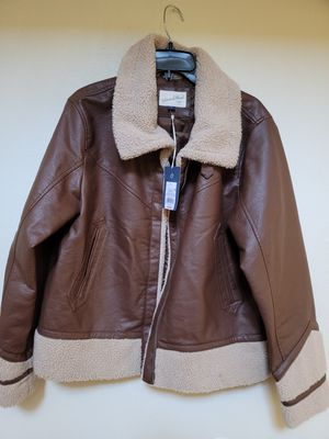 Womens Universal Thread Sherpa Faux Leather Moto Jacket Brown Size..zize L for Sale in Los Angeles, CA