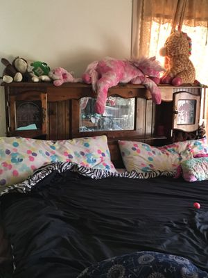 King bed for Sale in Parlier, CA