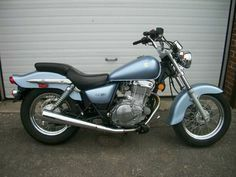 Suzuki gz250 **low miles** for Sale in Lombard, IL