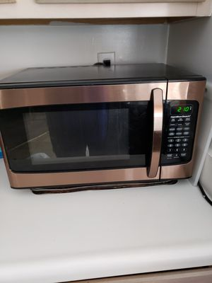 Hamilton Beach Microwave 1000 watts for Sale in East Haven, CT