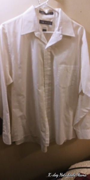 Men's white van Hauser button down shirt dress shirt for Sale in Bellevue, TN