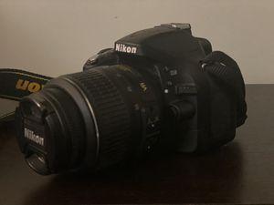 Nikon D5200 for Sale in Freehold, NJ