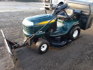 Auto -drive riding lawnmower tractor plow all season for Sale in Itasca, IL