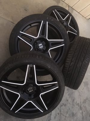 20 inches rims and tires 5 lugs universal $450 tires 85% for Sale in Fontana, CA