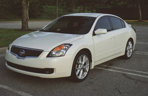 Very Clean 2007 Nissan Altima New Tires for Sale in Warren, MI