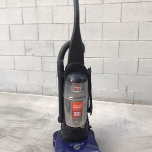 Bissell Powerforce Helix for Sale in Los Angeles, CA