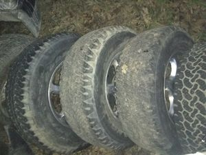 92 96 suburban Tahoe 6 lug 2657017 tires and wheels for Sale in St. Louis, MO