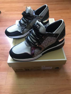 Michael Kors Trainer Sneakers Size 7.5 for Sale in Las Vegas, NV