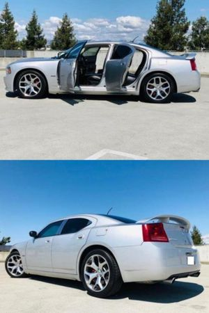 2006 Dodge Charger SRT8 price 1000$ for Sale in Clifton, NJ