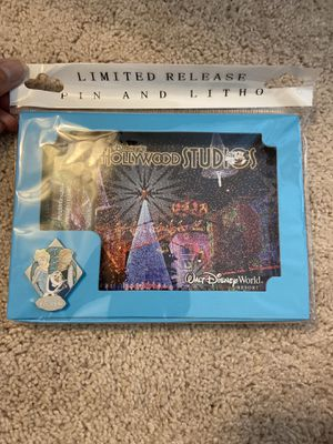 Limited edition Disney Hollywood Studios and Frozen Lithograph and Pin for Sale in Mableton, GA