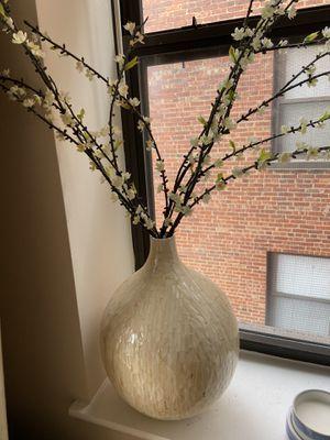 Flower pot decor modern for Sale in Washington, DC