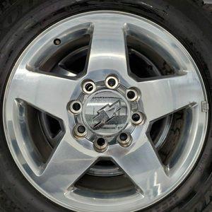"20"" Chevy Silverado 2500hd 3500hd 2500 3500 Hd Wheels Rims Tires for Sale in Humble, TX"