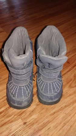 Toddler snow boots for Sale in Denver,  CO