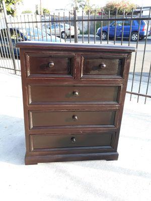Mueble de madera solida for Sale in Compton, CA