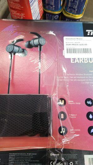 TT EARBUDS WIRELESS BLUETOOTH HEADSET for Sale in Miami, FL