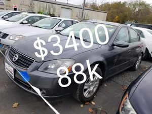 2005 Nissan Altima 4cyl runs and drives excellent only 88k for Sale in Salem, MA