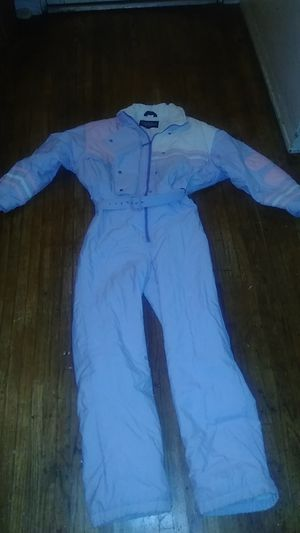 Snowboard ski snow suit ladies size 10 only for those hitting the slopes for Sale in Vernon, CA