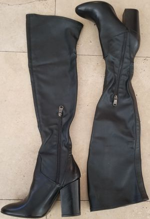 Charles David Vero Cuoio (Made in Italy) 37 1/2 (7) Ladies Leather Over the Knee Block Heel Boots for Sale in Hawthorne, CA