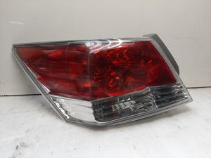 2008 - 2012 Accord tail light left side. for Sale in Lynwood, CA