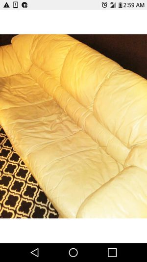 Couch and love seat. Complete set. Serious buyers only for Sale in Manassas, VA