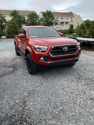 2017 Toyota Tacoma XP Package for Sale in Virginia Beach, VA