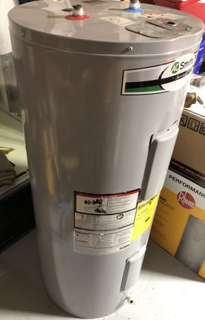 AO Smith 40-gal Electric Water Heater for Sale in Stone Mountain, GA