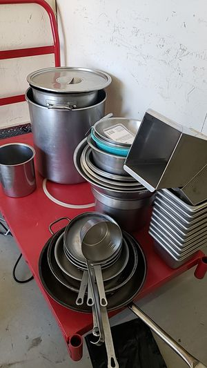 Tons of kitchen bowls, pots, etc for Sale in Waltham, MA
