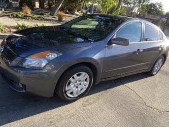 2009 Nissan Altima for Sale in Los Angeles,  CA