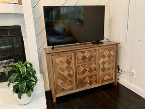 TV stand or small wood storage cabinet for Sale in Jupiter, FL