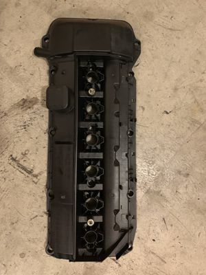 Bmw parts 3-series 5-series Z4 X5 e39 e46 m54 engine valve cover oem for Sale in Tustin, CA