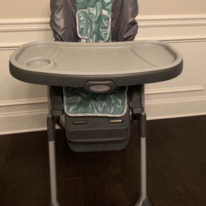 Graco High chair for Sale in Alpharetta, GA