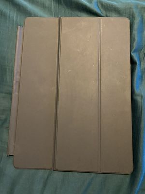 "12.9"" iPad keyboard &case FREE for Sale in Kansas City, MO"