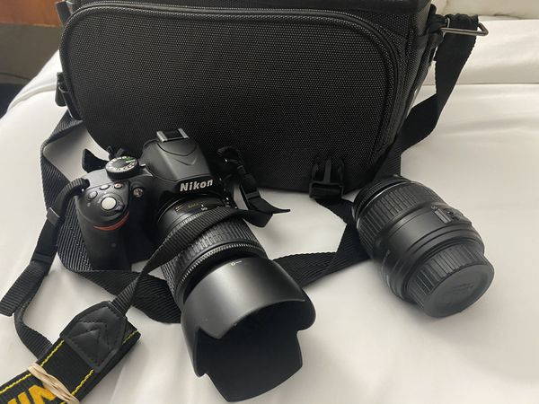 Nikon D3200 camera with extra lens and kit
