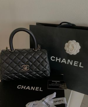 Chanel black top handle mini bag for Sale in Los Angeles, CA
