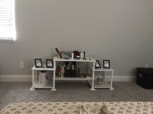 Tv stand (40 inches or less) or dressing table for Sale in Austin, TX
