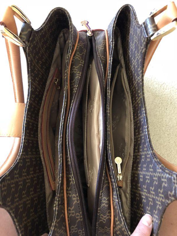 Rioni handbag - like new!