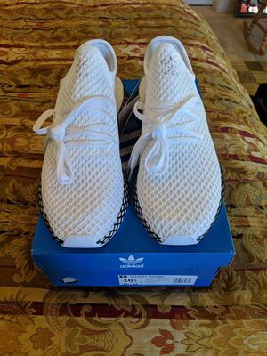BRAND NEW ADIDAS DEERUPT RUNNER EDITION ➡️SIZE-10.5 w/RECEIPT FOR AUTHENTICATION for Sale in Sacramento, CA