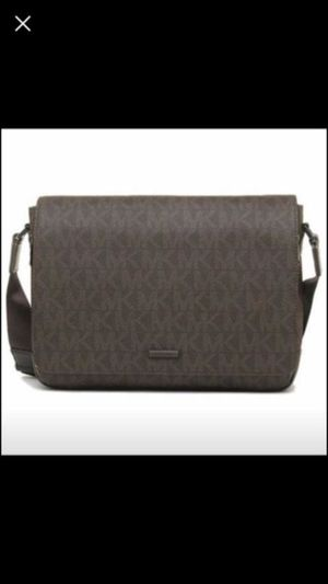 0cde5c227b73 MICHAEL KORS LARGE MESSENGER BAG NEW WITH TAGS ATTACH SERIOUS BUYERS ONLY  PLEASE PICK UP ONLY