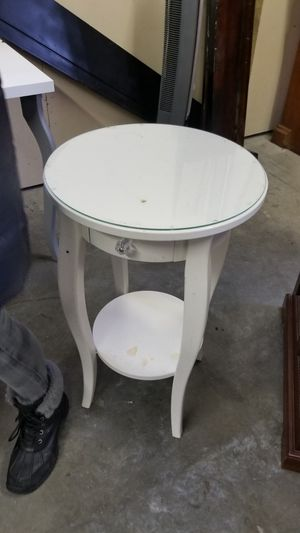 White End Table for Sale in Bend, OR