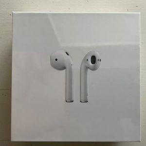 Apple AirPods 2nd Gen W/ Case for Sale in Martinez, CA