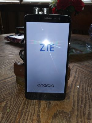 Zte blade max 3 for Sale in Palmyra, ME