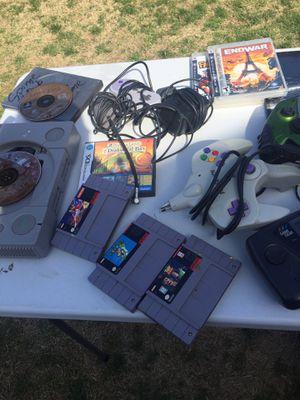 Sale bundle old games n stuff for sale for Sale in Lemoore, CA