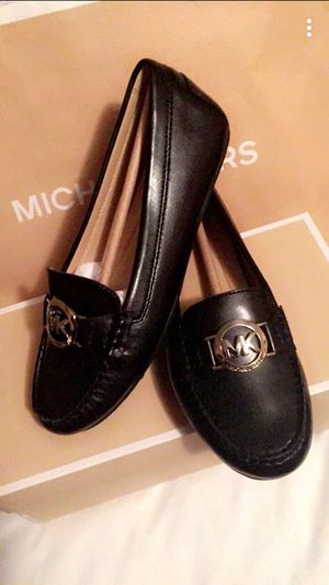 Michael kors black loafers size 6M for Sale in North Las Vegas, NV