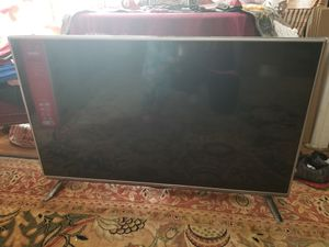 LG smart tv 50 inch slim for Sale in New Caney, TX