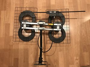 ClearStream™ 4 Extreme Range Indoor/Outdoor HDTV Antenna with VHF Kit for Sale in Olney, MD