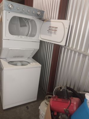 Whirlpool 27 inch gas washer and dryer combo brand new never been used 2 year warranty {contact info removed} for Sale in Washington, DC