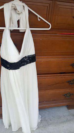 L Formal Dress for Sale in Wichita, KS