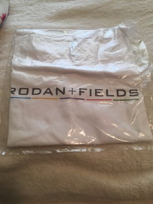 Rodan and fields t shirt medium for Sale in Mesa, AZ