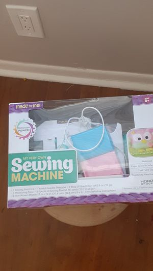 Brand new sewing kit haven't been taken out of the box for Sale in Davie, FL